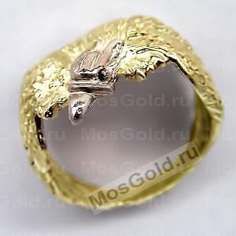 Красивое кольцо с орлом
