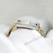Кольцо с подвижной пластиной и бриллиантом