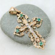 Крест с вензелями на камне