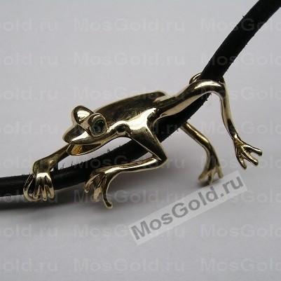 Кулон золотая лягушка на кожаном шнурке