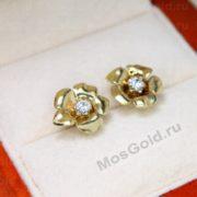 Золотые серьги в виде цветов