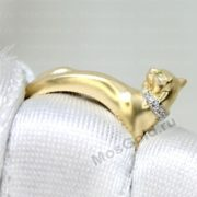 Кольцо в виде пантеры
