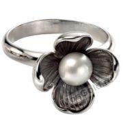Кольцо цветок с жемчугом