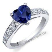 Золотое кольцо с синем сердцем