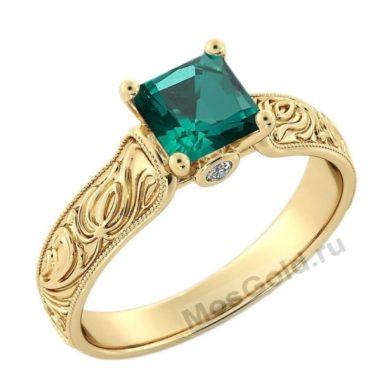 Женское кольцо с изумрудом