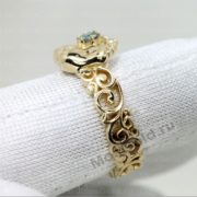 Золотое кольцо ножки младенца